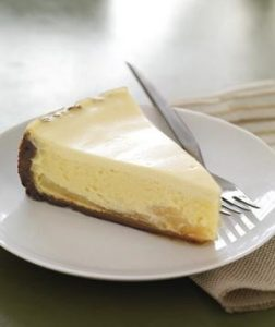 gingersnap-pear-cheesecake