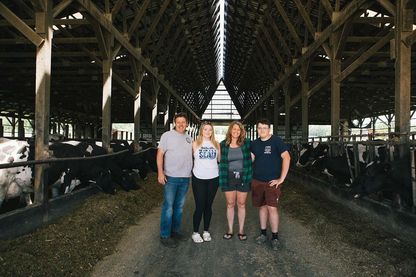https://www.oakhurstdairy.com/wp-content/uploads/2021/09/farmer-imgs-green-valle1-150x150.jpg