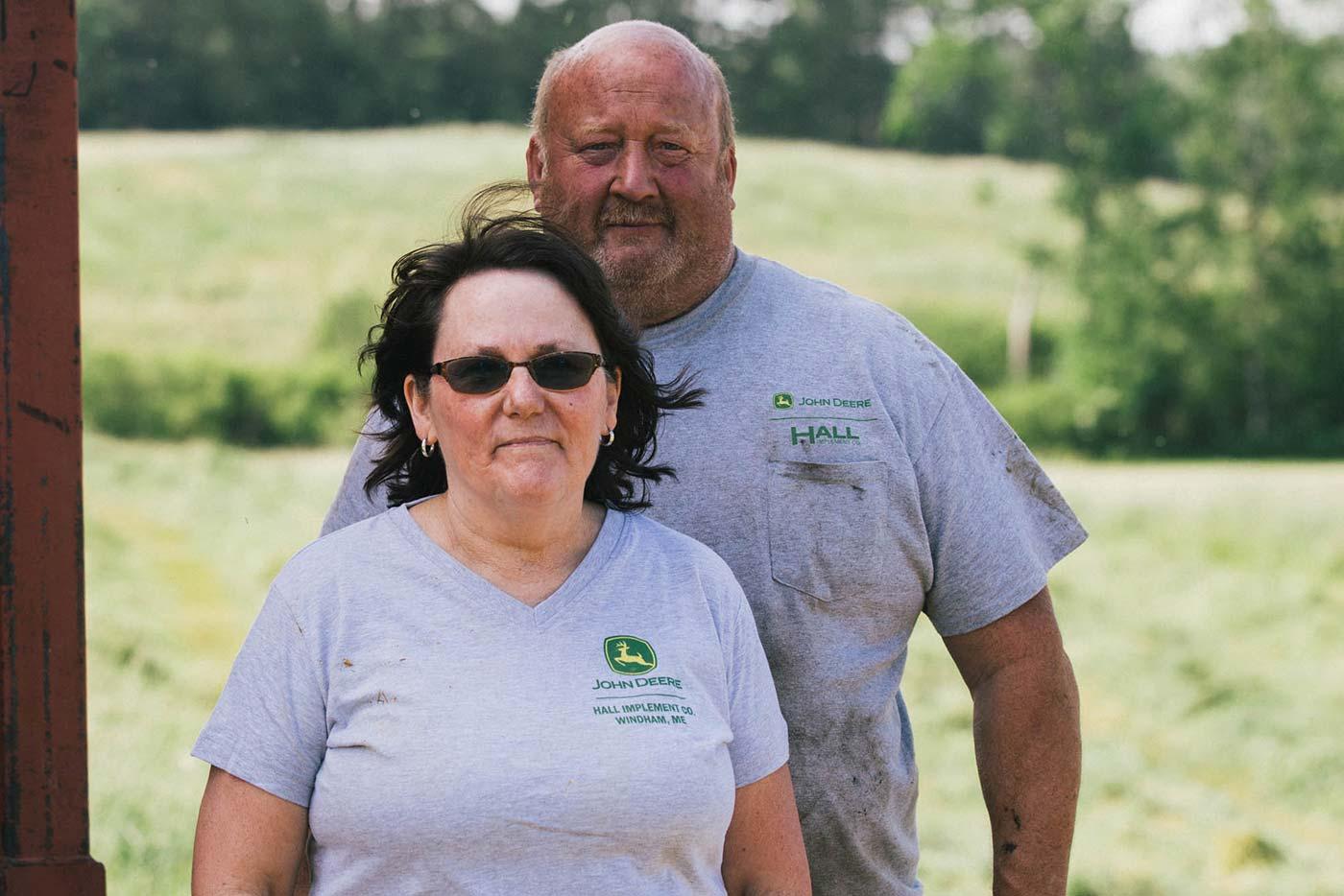 https://www.oakhurstdairy.com/wp-content/uploads/2021/09/farmer-imgs-halledge1-150x150.jpg
